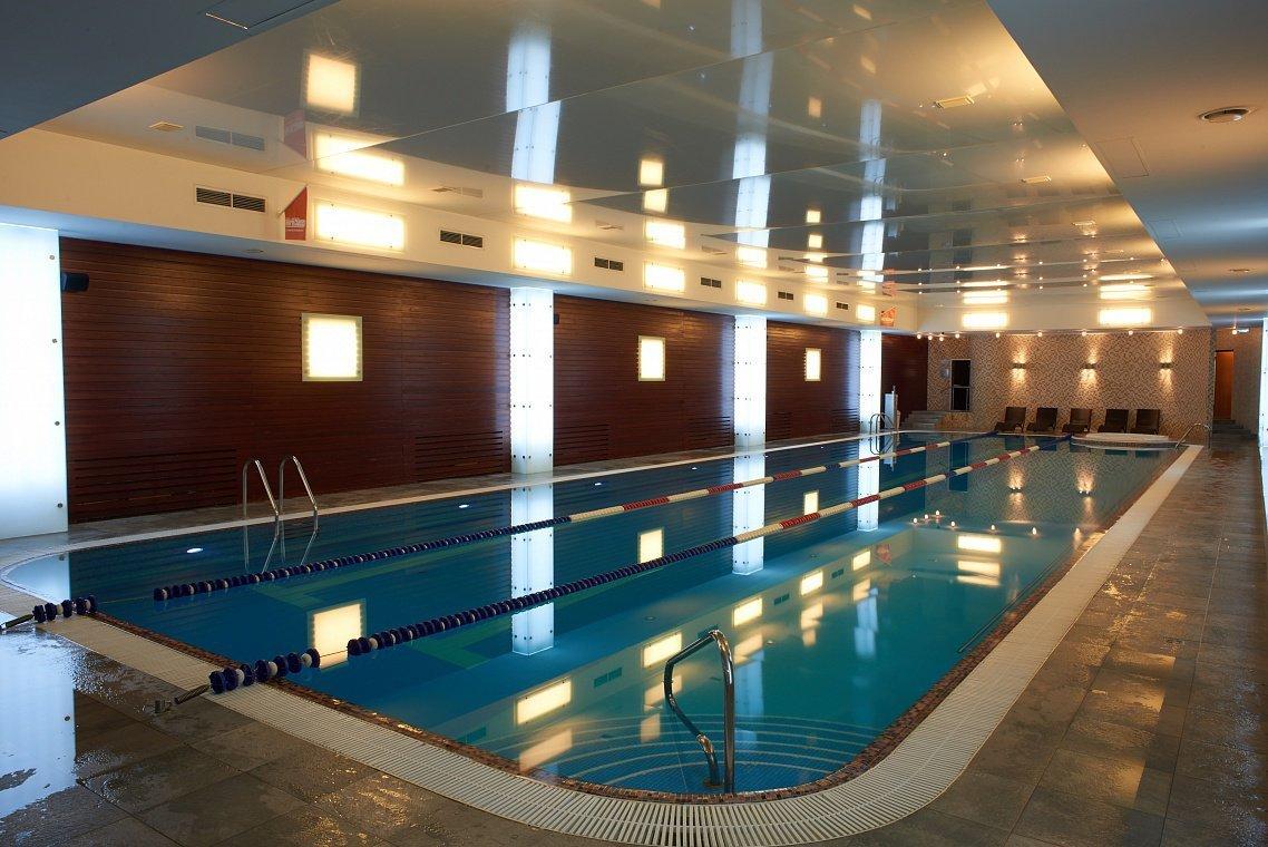 Фитнес-клубы с бассейнами в москве – объект с указанием информации о ценах и контактных данных: телефонах, адресах, режиме работы.
